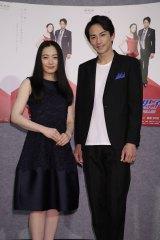 NHKで4月14日にスタートした連続ドラマ『美女と男子』。主演の仲間由紀恵と町田啓太