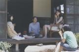 映画は6月に公開  映画『海街diary』写真集より (C)2015 吉田秋生・小学館/フジテレビジョン 小学館 東宝 ギャガ