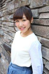 ストリート生、「hanarichu」のメンバーとしてのアイドル活動に加え、舞台出演やテレビ出演にも活動の幅を広げている三谷(C)De-View