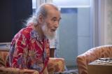 映画『鏡の中の笑顔たち』に出演するミッキー・カーチスC)2015「鏡の中の笑顔たち」製作委員会