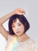 映画『カノジョは嘘を愛しすぎてる』でデビューし、アーティスト活動もスタートさせた大原櫻子