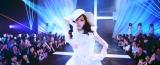 AKB48 40thシングル「僕たちは戦わない」MV場面写真(C)AKS