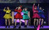 ℃-uteの渋谷公会堂ライブの模様