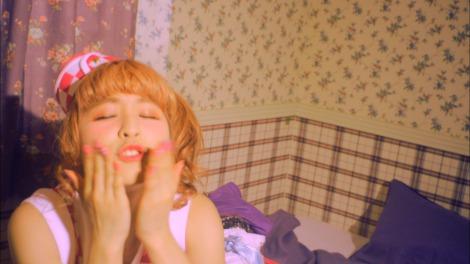 PASSPO☆のクルーがキス顔を披露する新曲「HONEY DISH」MV公開