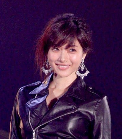 サムネイル 『GirlsAward 2015 SPRING/SUMMER』にゲスト出演した石原さとみ (撮影:片山よしお )(C)oricon ME inc.