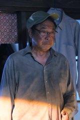 木村拓哉主演『アイムホーム』第4話(5月7日放送)にゲスト出演する平泉成。今回は、主人公・久(木村)のどんな過去が明らかになるのか?(C)テレビ朝日