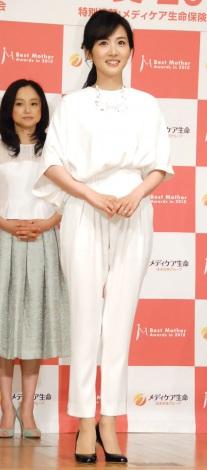 『第8回 ベストマザー賞 2015』授賞式に出席した高島彩(C)ORICON NewS inc.