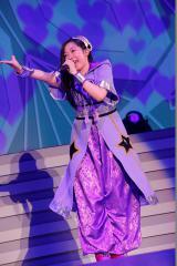 ソロ曲「ら・ら・らアイドル」で盛り上げた大黒柚姫