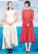 映画『海街diary』完成披露イベントに出席した(左から)綾瀬はるか、夏帆 (C)ORICON NewS inc.