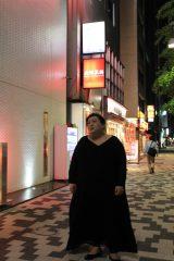 5月14日放送『夜の巷を徘徊する』マツコ・デラックスが東京・秋葉原に登場(C)テレビ朝日