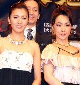 ミュージカル『サンセット大通り』制作発表会に出席した(左から)安蘭けい、濱田めぐみ(C)ORICON NewS inc.