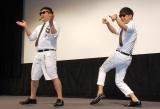 映画『新劇場版「頭文字D」Legend2-闘走-』のプレミア試写会に出席した8.6秒バズーカー(左から)はまやねん、田中シングル (C)ORICON NewS inc.