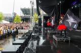 米オハイオ州で開催されたロックフェス『ROCK ON THE RANGE 2015』に出演したBABYMETAL(C)Amuse Inc.