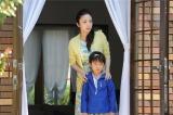 5月21日、テレビ朝日系で放送されるドラマ『アイムホーム』第6話。家族で別荘にやって来たのだが…上戸彩と子役の高橋來(C)テレビ朝日