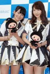 『2015年JASRAC賞』贈呈式に駆けつけたAKB48(左から)小嶋真子、柏木由紀 (C)ORICON NewS inc.