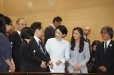 チャリティ試写会にそろって出席された(左から)秋篠宮紀子さまと佳子さま