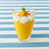 『マンゴーとパイナップルのフローズン』(890円)