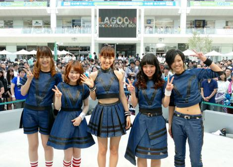 2ndシングル「KNOCKED-OUT BOY」(27日発売)の発売記念イベントを行ったLAGOON