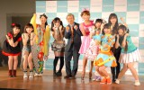(左から)ORANGE PORT渡辺結菜、BASEBALL GIRLS chelu(ちぇる)、みちのく仙台ORI姫隊 NODOCA(のどか)、chaw chaw 呉松亜美、YANAGIMAN氏、はるな愛、柊木りお、都築かな、柚之原りえ、Stand-Up!Hearts 涼川ましろ (C)ORICON NewS inc.