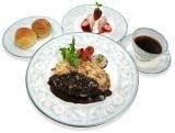 『カフェラン ランドーレ』が提供する「ビーフカツレツセット」 (C)TBS