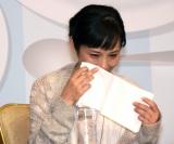 川合のサプライズ登場に涙を浮かべた富田靖子 (C)ORICON NewS inc.