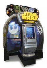 アーケードゲーム『スター・ウォーズ:バトルポッド』STAR WARS(C) & TM 2014 Lucasfilm Ltd. All rights reserved.