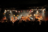 渋谷DESEOはメンバーとキャンディストの熱気でムンムン