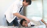 「タトゥーシールを貼ってみた!」の収録に臨んだ(左から)博多大吉、華丸