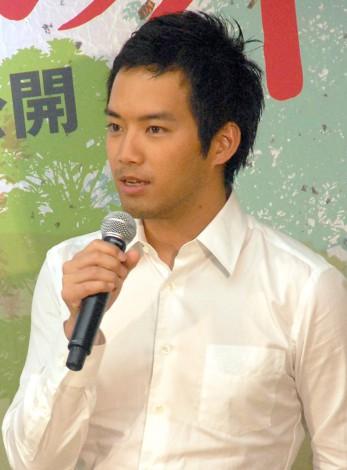 映画『おかあさんの木』完成披露舞台あいさつに出席した三浦貴大 (C)ORICON NewS inc.