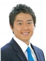 番組内で結婚を発表した安村直樹アナウンサー(C)日本テレビ