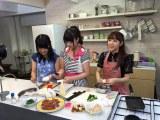 6月5日放送の『ミュージャック』は高橋みなみが、AKB48の卒業を前に次世代エース候補の後輩たちと初ピクニック(C)関西テレビ