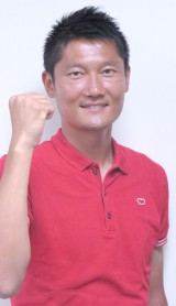 『FIVBビーチバレーボールグランドスラム2015横浜大会』で解説を務める朝日健太郎氏 (C)ORICON NewS inc.