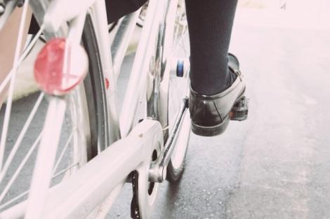 スマホや携帯電話を操作しながらの「ながら運転」は、実際どれほど危険なの?