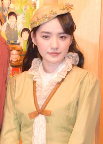 舞台『GO WEST』ゲネプロ前の囲み取材に出席した小島藤子 (C)ORICON NewS inc.