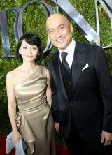 『第69回トニー賞授賞式』に出席した渡辺謙と妻で女優の南果歩(C)WOWOW
