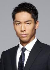 関西テレビ・フジテレビ系連続ドラマ『HEAT』(毎週火曜 後10:00)に主演するAKIRA(C)関西テレビ