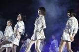 AKB48「僕たちは戦わない」 『AKB48 41stシングル選抜総選挙・後夜祭〜あとのまつり〜』の模様(C)AKS