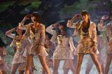AKB48「僕たちは戦わない」『AKB48 41stシングル選抜総選挙・後夜祭〜あとのまつり〜』の模様(C)AKS