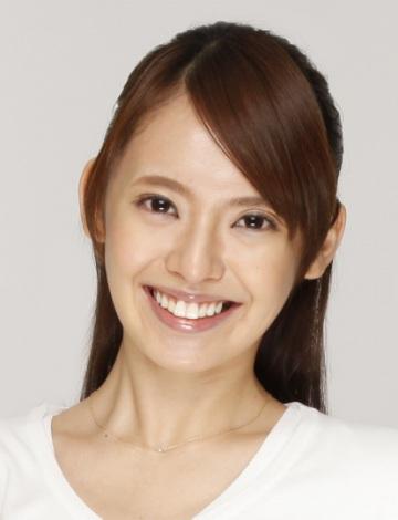 サムネイル 第1子女児出産を発表した東大卒タレントの三浦奈保子