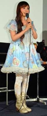 映画で演じたフランス人形をイメージした衣装で登場 した中川翔子(C)ORICON NewS inc.