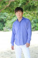 沖縄から弾き語りツアーをスタートさせた元THE BOOMの宮沢和史