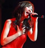 デビュー30周年イベントで熱唱する森口博子 (C)ORICON NewS inc.
