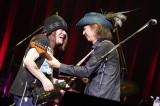 """『〜The 六十 th Anniv.〜""""ROCK 十""""CHAR LIVE IN 日本武道館』に出演した(左から)ムッシュかまやつ、Char"""