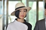 TBS系ドラマ『ホテルコンシェルジュ』に出演する鈴木保奈美