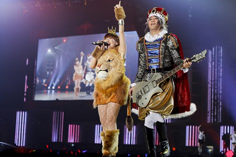 『KING SUPER LIVE 2015』に出演したangela photo:kamiiisaka