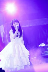 『KING SUPER LIVE 2015』に出演した小松未可子 photo:kamiiisaka