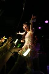 世界12大都市ワンマンライブツアー初日公演を行った柊木りお