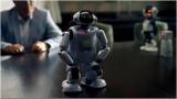 『DMM.make ROBOTS』の新CMの場面カット