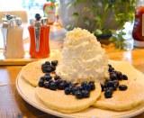 ブームの火付け役「エッグスンシングス」のパンケーキはボリュームのあるホイップクリームが特徴 (C)oricon ME inc.