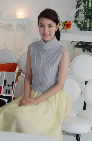 洋服が素敵な岡本あずささん